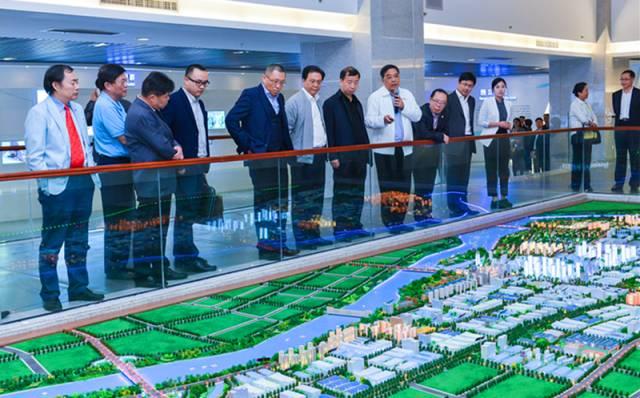 深圳福田区20家行业协会组团到河源寻求合作