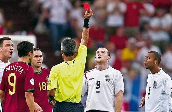 还记得鲁尼的那张红牌吗?