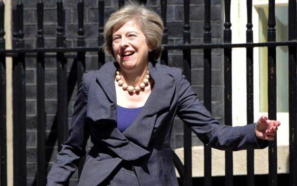 果然是铁娘子!英首相称将会用核武器对抗俄罗斯