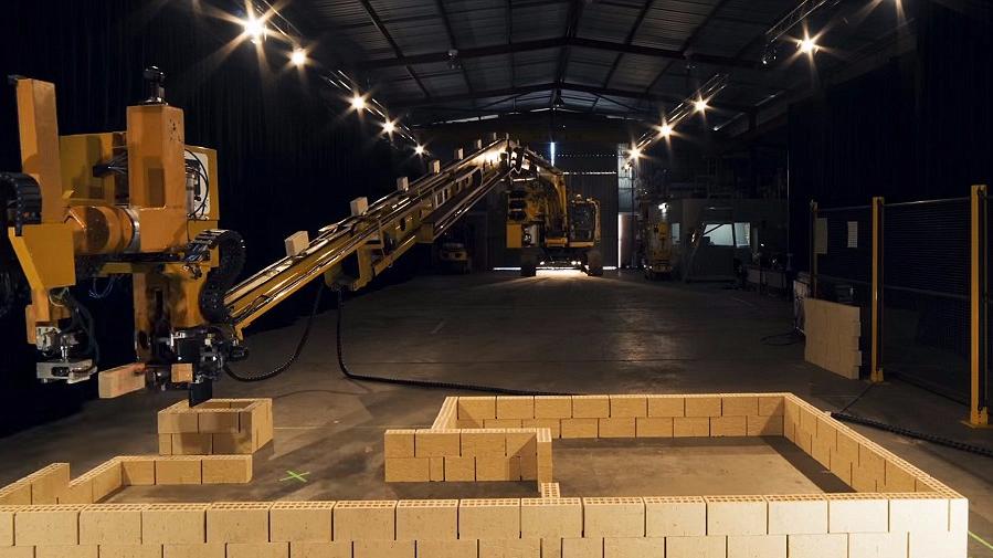 澳公司推出建筑机器人 两天可造一栋房子