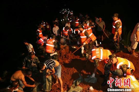 火箭军防汛救灾部队某旅:持续强化应对突发自然灾害能力