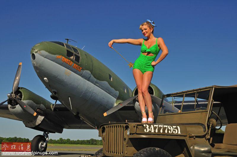 为了她也要参军杀敌:美女与二战名机