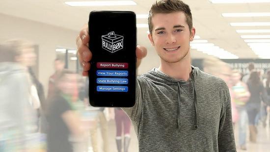 少年14岁时遭校园欺凌 现在开发了个app检举暴力
