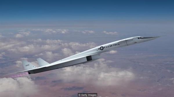 设计师设计超级核动力飞机:可3倍音速连飞数月