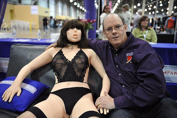 性爱机器人将掀行业变革 帮助减少性疾病传播
