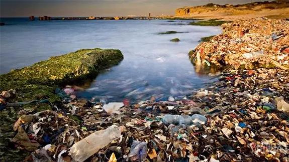 海洋污染形势严峻  全球每秒200公斤塑料倒海