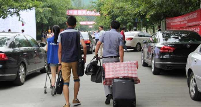 """广州交通进入""""开学模式"""" 这20条路段易拥堵"""