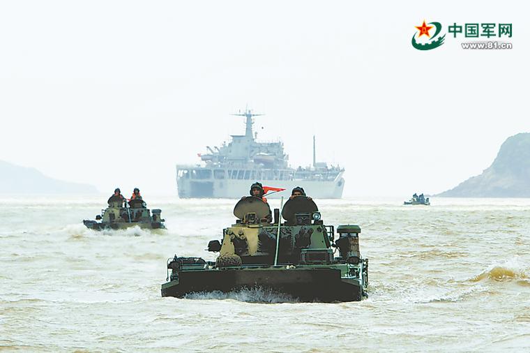 陆军海训新看点:海上游弋射击,岸海电磁对抗