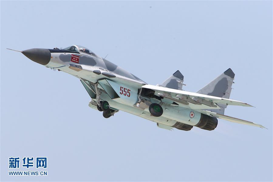 朝鲜举办首次航空展