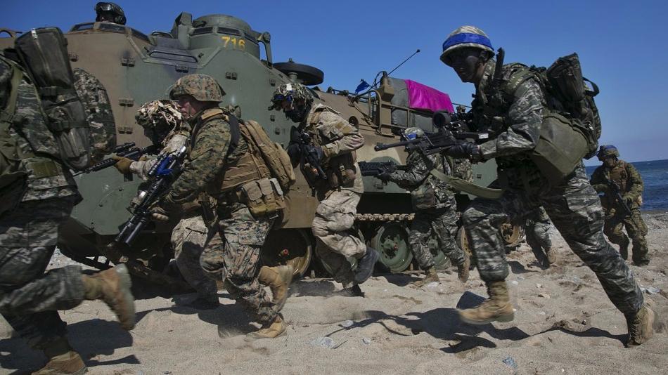 """美防长回应朝鲜威胁 声称美军准备""""今夜就战"""""""