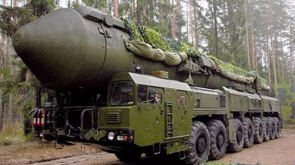 俄战略导弹部队举行大军演 含9个导弹团