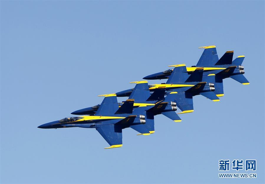 """高清:美国海军""""蓝天使""""亮相休斯敦航空展"""