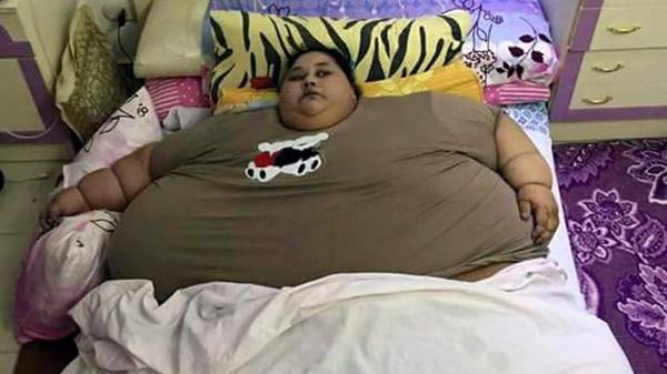 """埃及""""千斤""""女子成全球最胖女性 25年未出家门"""