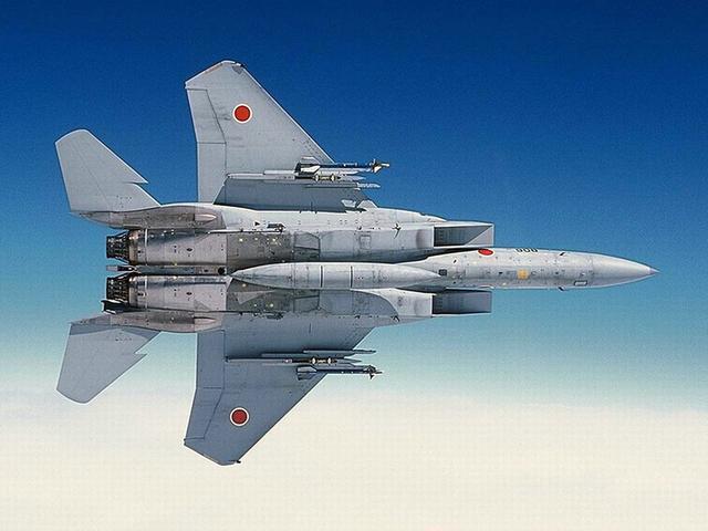 日本火控雷达照射解放军军机 国防部强硬发话