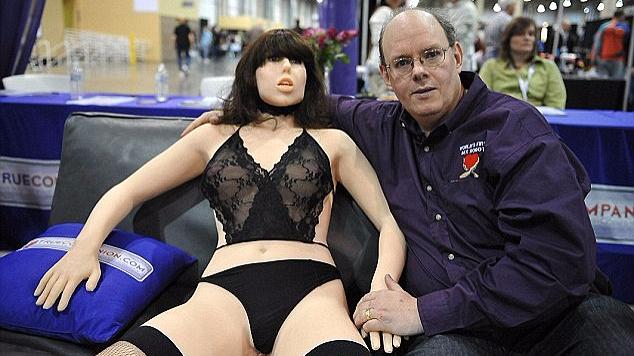 辣眼睛!国际性爱机器人大会将转战伦敦举办