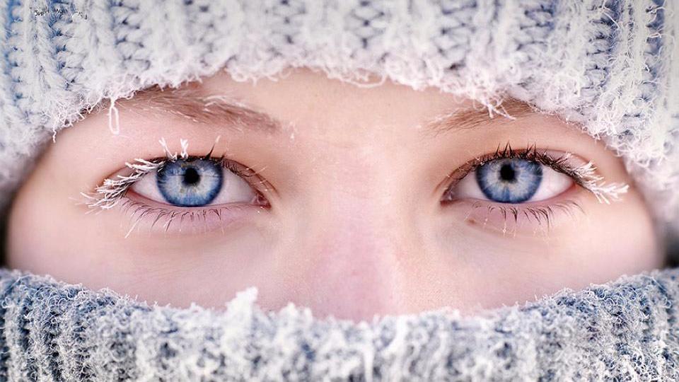 西伯利亚气温零下62度 当地人晒冰冻睫毛