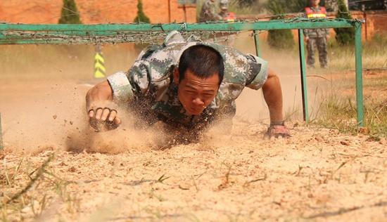 中国军人参加国际竞赛:半小时能做1600个俯卧撑