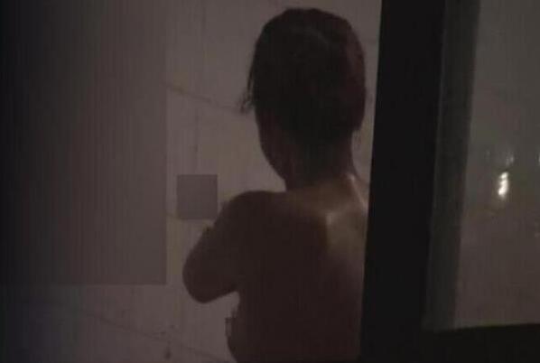女子洗澡竟遭全程直播 家用摄像头小心遭黑客入侵