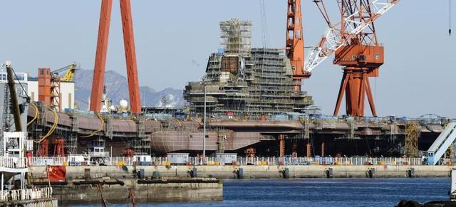 美媒:中国将造十万吨级核航母 搭载近百架军机