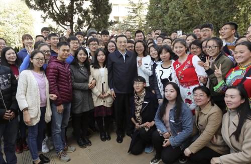 李克强:西南联大是中外教育史上的奇迹