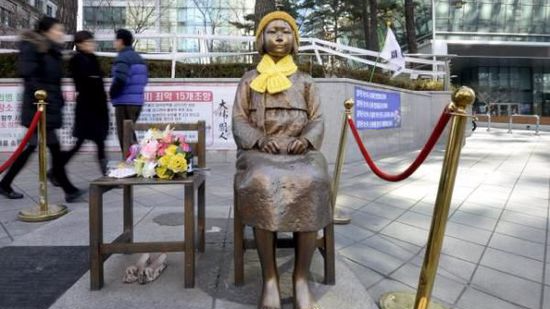 日本决定暂不让驻韩大使返回首尔 日韩分歧难解