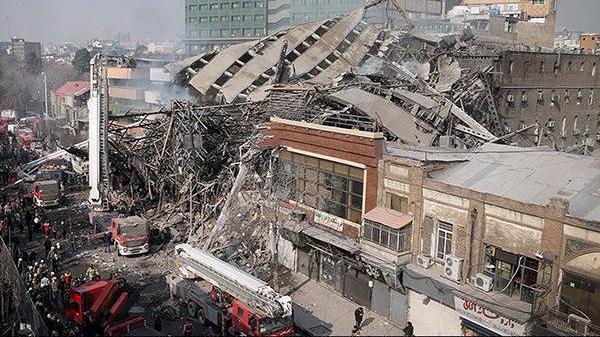 德黑兰商用大楼失火后坍塌致75人伤 25人或被困