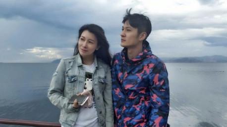 张陆回应出轨门:结婚三年对婚姻忠诚,已协议离婚