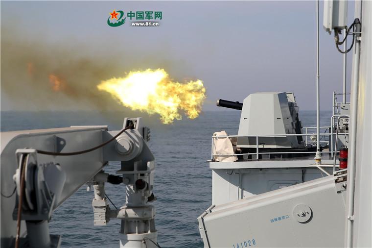 直击北海舰队某驱逐舰支队宜昌舰实弹射击训练