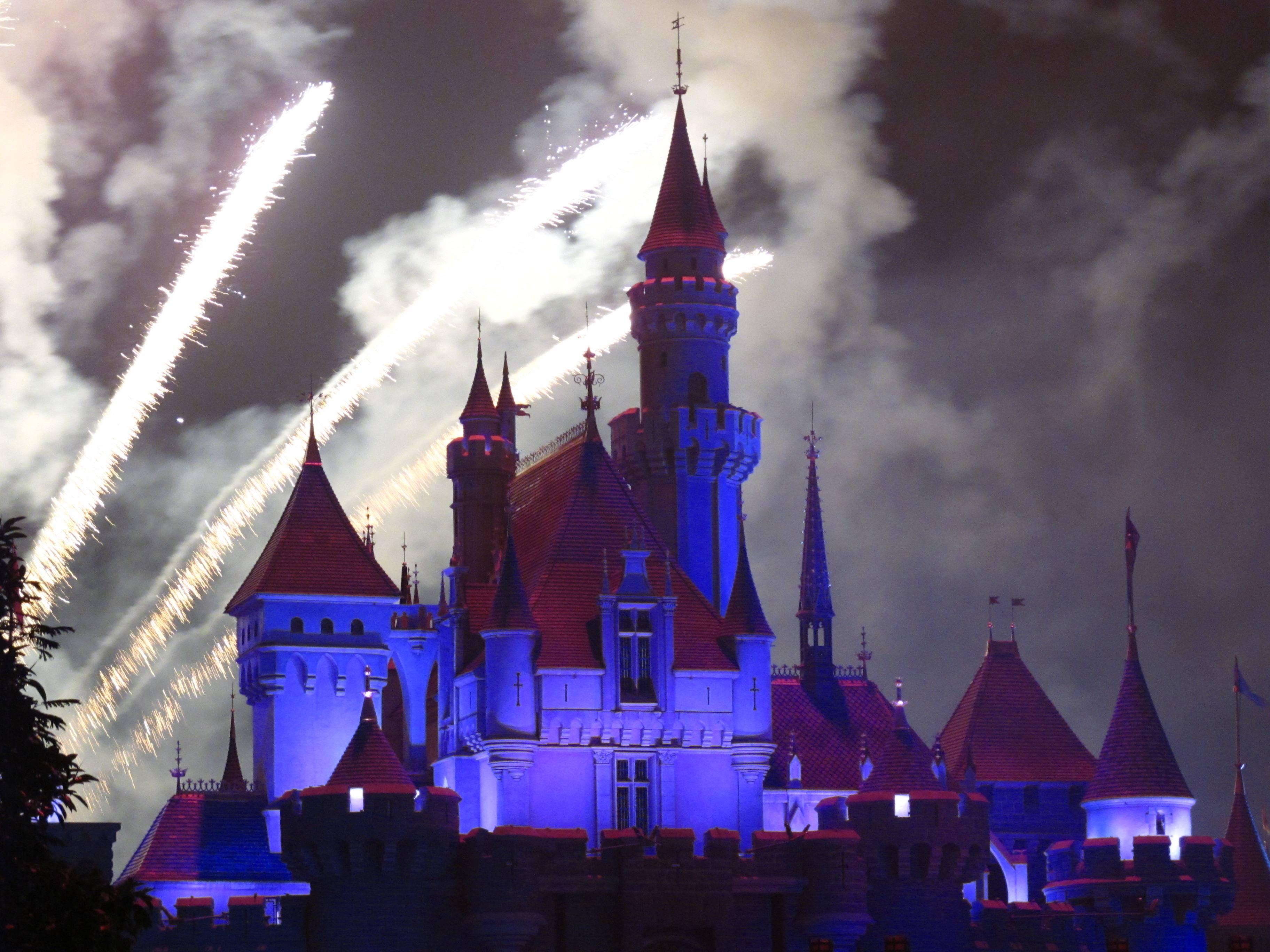"""迪士尼向河南政府声明未参与投资,""""迪士尼高管""""已圈地万亩"""