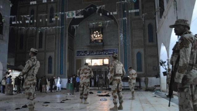 巴基斯坦清真寺遭袭致逾70死150伤 IS宣称负责