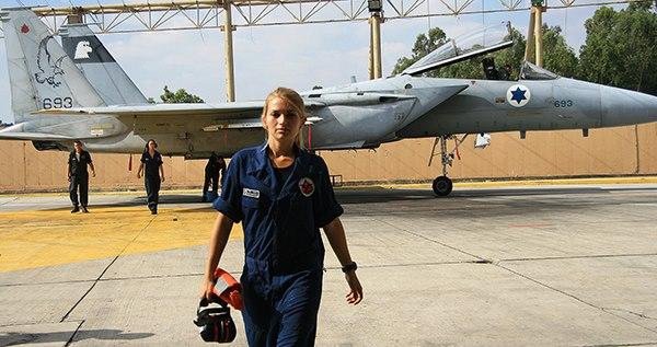 以色列威胁摧毁叙防空系统:军机在叙遭炮击