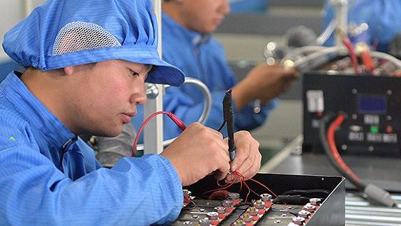 忘了特斯拉超级工厂吧 中国正在一步步称霸全球锂电池市场