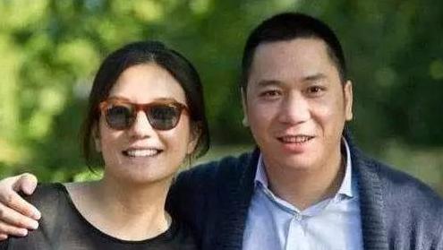 赵薇和她背后的隐秘富豪:一场普通饭局结识马云