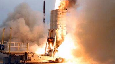 """战史首例!以军""""箭-2""""导弹建功:击落叙军7吨重导弹"""