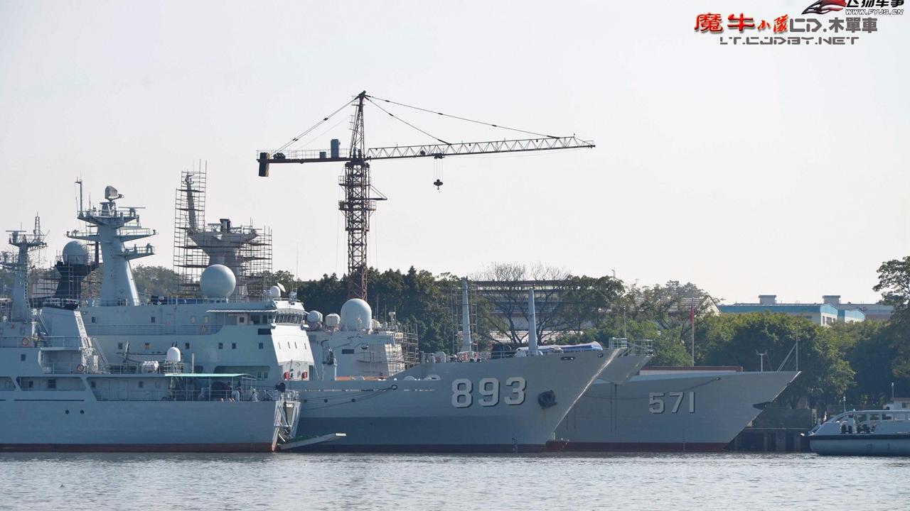 中国海警船编队2017年第7次巡航钓鱼岛12海里