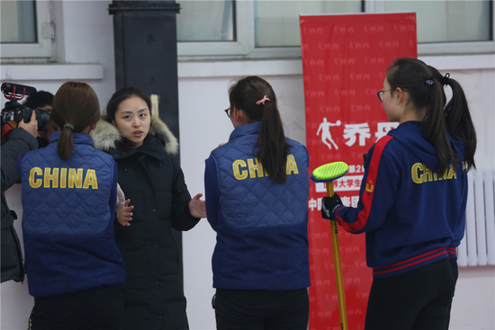 中国女子冰壶宿将:对中国队参加平昌冬奥有信心