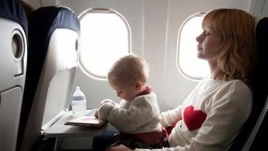 廉价航空并不是什么都便宜 有时婴儿票价竟是成人票的四倍