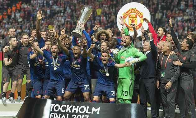 欧联杯-博格巴姆希塔良进球 曼联2-0捧杯进欧冠