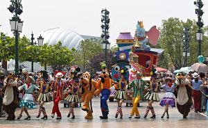 上海迪士尼迎来1000万名游客,开幕后仅11个月内实现