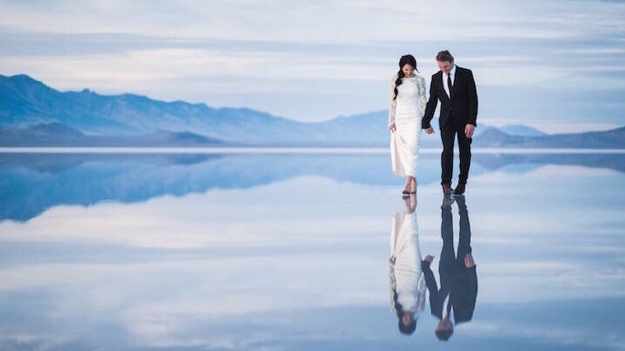 美翻了!夫妇在犹他州邦纳维尔盐碱滩拍唯美婚纱照