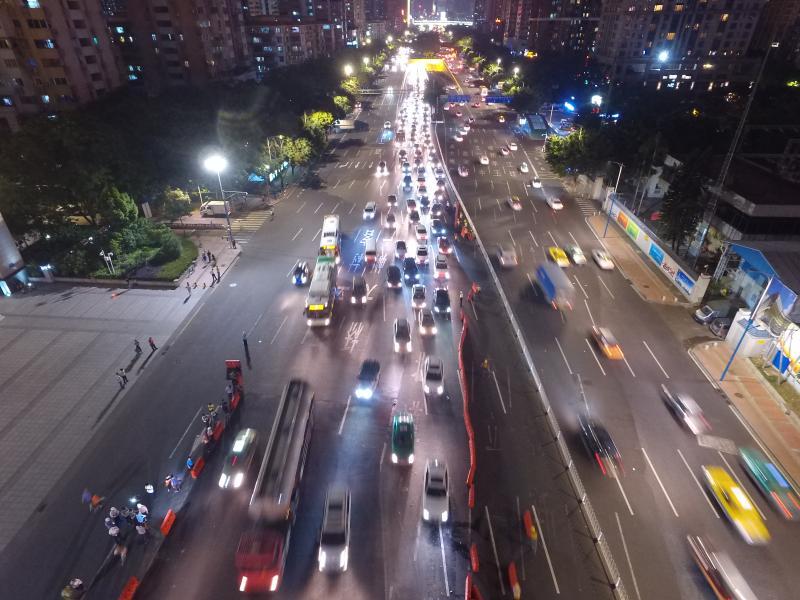 更宽更靓通行更快 32岁广州大桥焕新