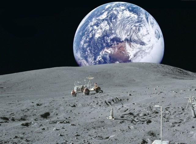 NASA公布载人登陆火星计划 宇航员重返月球住1年