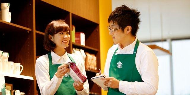 据报道,近日,日本学生支援机构实施了自费外国留学生生活实态调查。调查结果显示,70.5%的外国留学生为日本的高物价感到苦恼,正在打工的留学生比例上升至74.8%。