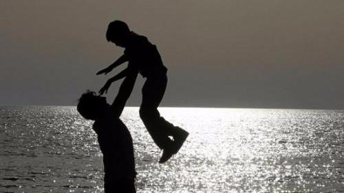 您是我此生的英雄:这个父亲节,用心发现父爱