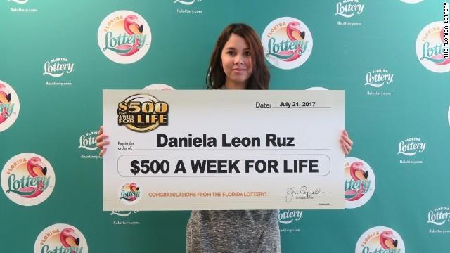 美国女孩花1美元中大奖 每周可领500美元直到去世