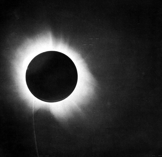 8月日全食或验证百年前爱丁顿著名观测:检验相对论