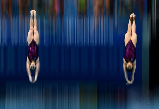 世锦赛女双三米板施廷懋组合夺金 中国实现9连冠