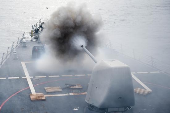 国防部回应美军舰擅入南海:强烈敦促美方改正错误