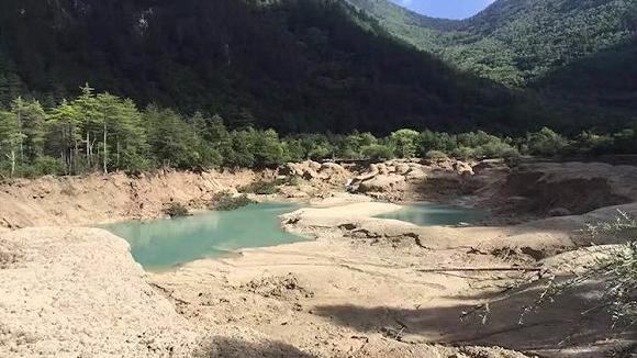 地震挫伤九寨沟旅游业