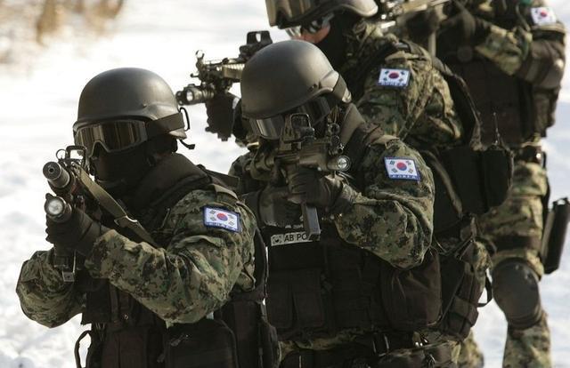 """韩拟提前启动国防改革 树立""""进攻型作战概念"""""""